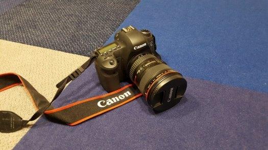 Canon EOS 6D + Canon EF 17-40mm F4 L USM, Plná profi výbava