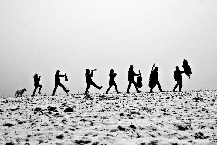 Čestné uznání JIŘÍ SALIK SLÁMA, MF Dnes: Vánoční portrét početné muzikantské a  herecké rodiny Zemánkových z Brna, 2011-2012