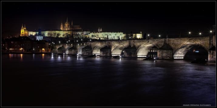Karlův  most - noční foto