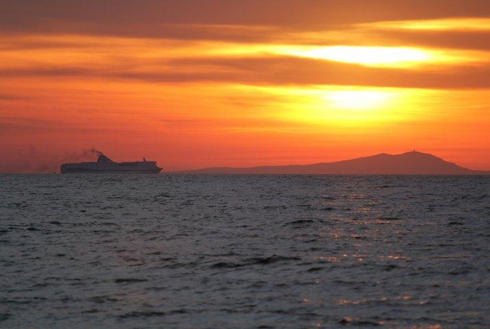 Západ slunce nad Sardinií